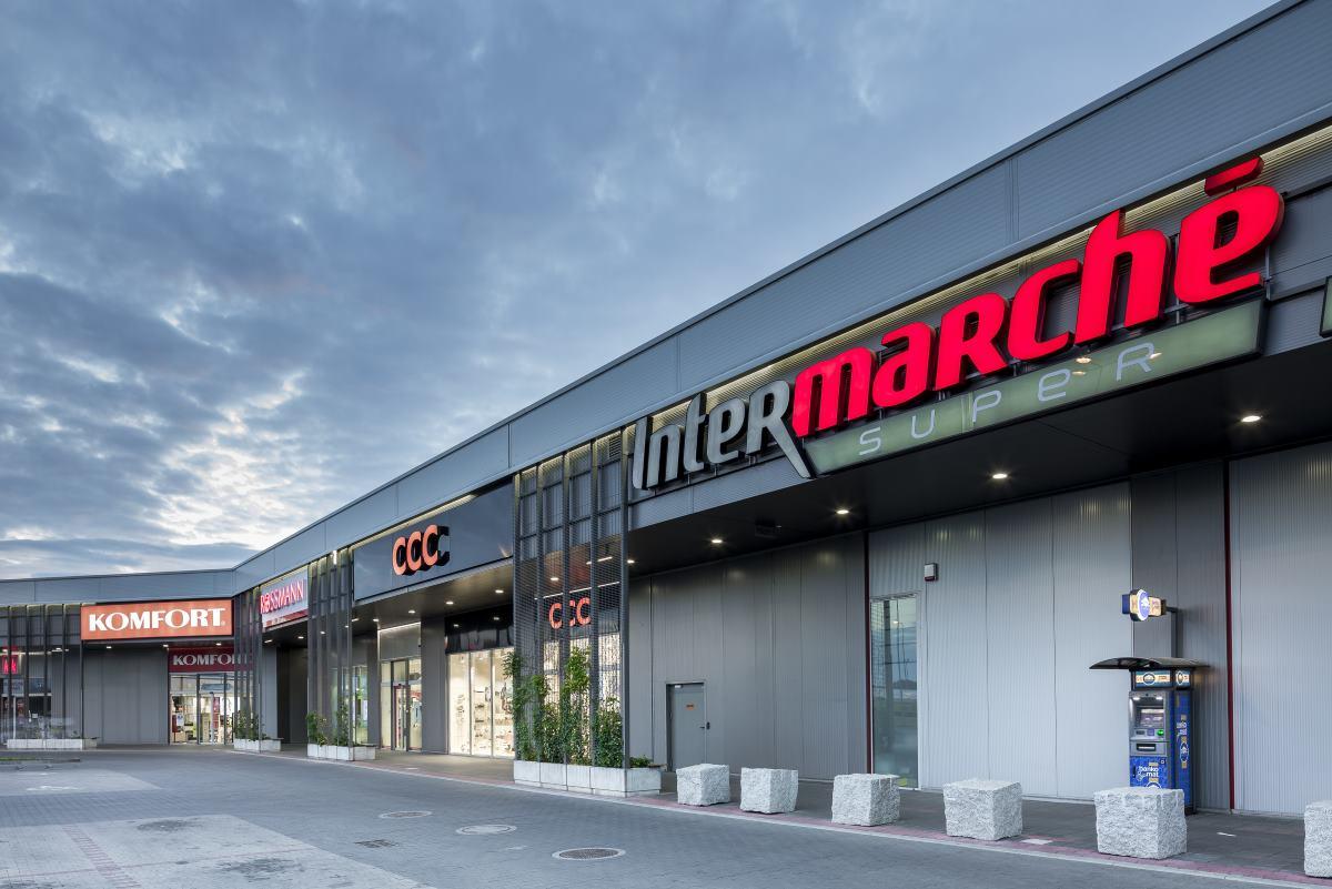 Oświetlenie sklepu i obiektów handlowych Producent LENA